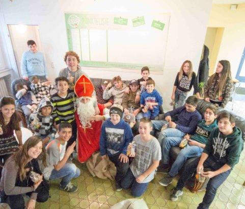 Nikolaus Besuch in unseren Häusern