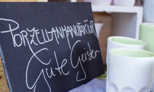 """Die """"Porzellanmanufaktur Gute Geister"""" am Weihnachtsmarkt in Lustenau"""