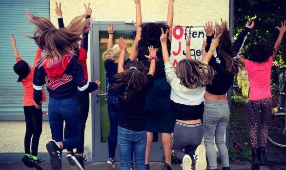 Interkulturelle Mädchen-Tanzparty und Kreativwerkstatt im Mädchencafé!