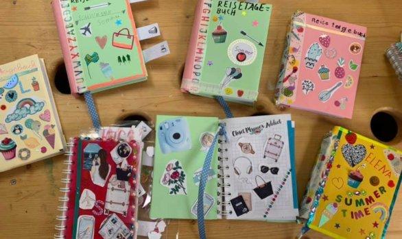 Tagebücher gestalten im Mädchencafé!